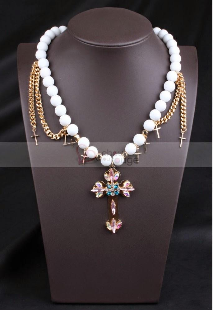 Luxueux collier doré motif fleur élégant - Chouchourouge