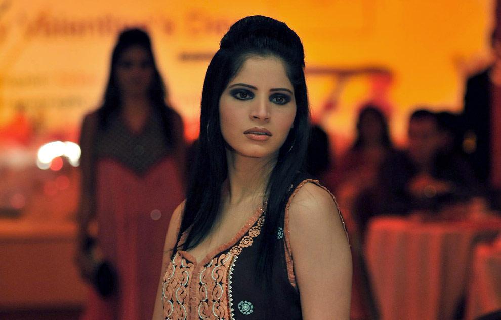 ... world latest Fashion: Pakistani fashion models latest hair styles