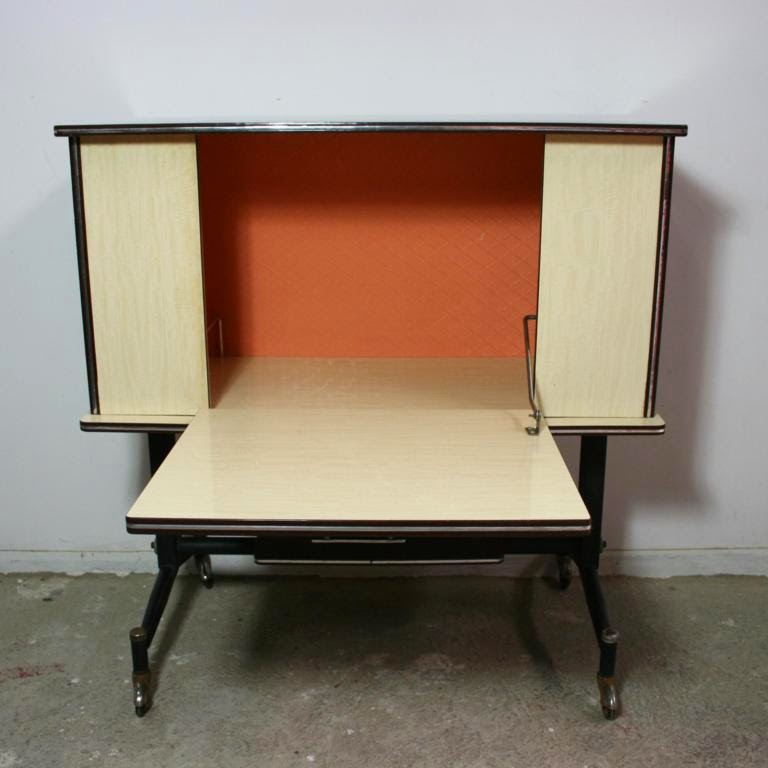 El rastronauta mueble bar formica 60s for Mueble bar exterior