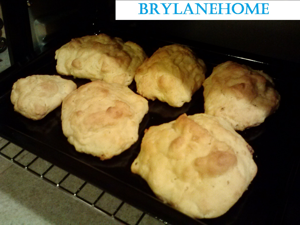 warming up cheddar drop #biscuits