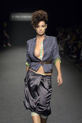 superb Catwalk fashion models oops, topless, nip slip HQ pics ...