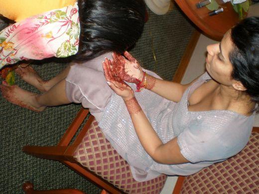 tag cleavages desi girls bra grab a feed to desi oops