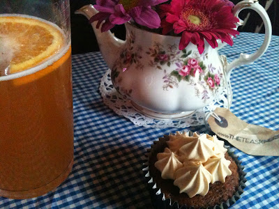 The Teas Knees, Sticky Toffee Cupcake and Blue Moon