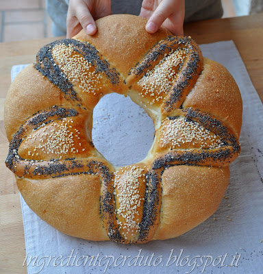 corona pane natalizia-ingrediente perduto