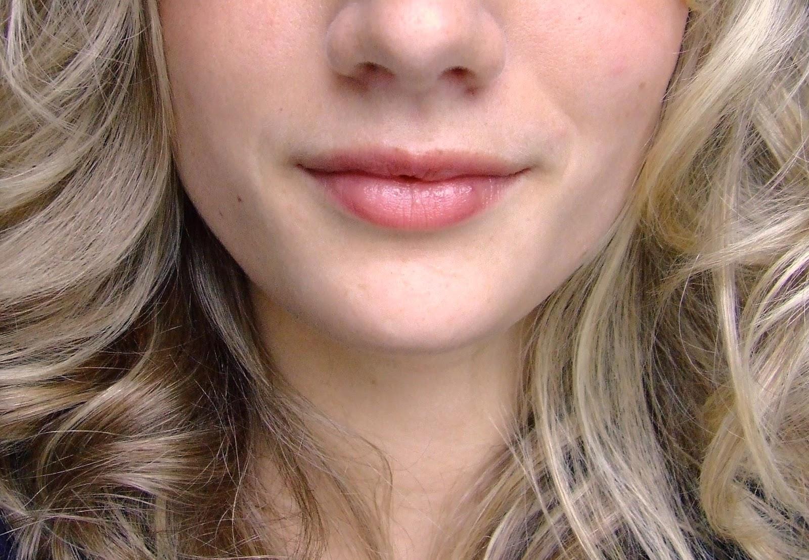 El aceite de la jojoba contra las ojeras oscuras