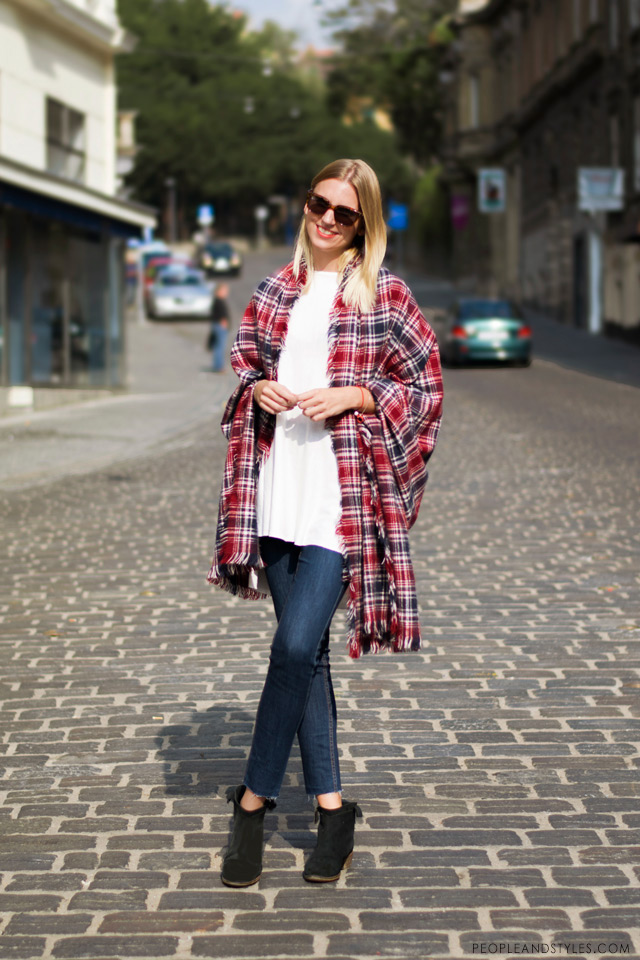 how to wear poncho, daily outfit inspiration, Tina Bačić, Buro24/7.hr, People & Styles, street fall 2014 fashion