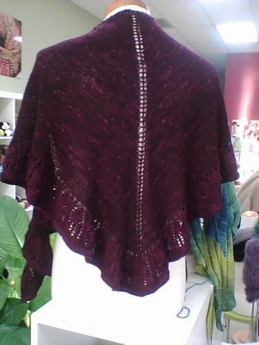 Knitting Pattern For Kate Middleton s Shawl : knitnscribble.com: New pattern for Kates shawl is a beauty