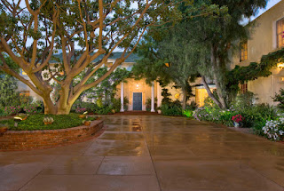 Taylor Swift Beverly Hills Mansion, Taylor Swift LA home, Taylor Swift LA mansion, Taylor Swift stalker