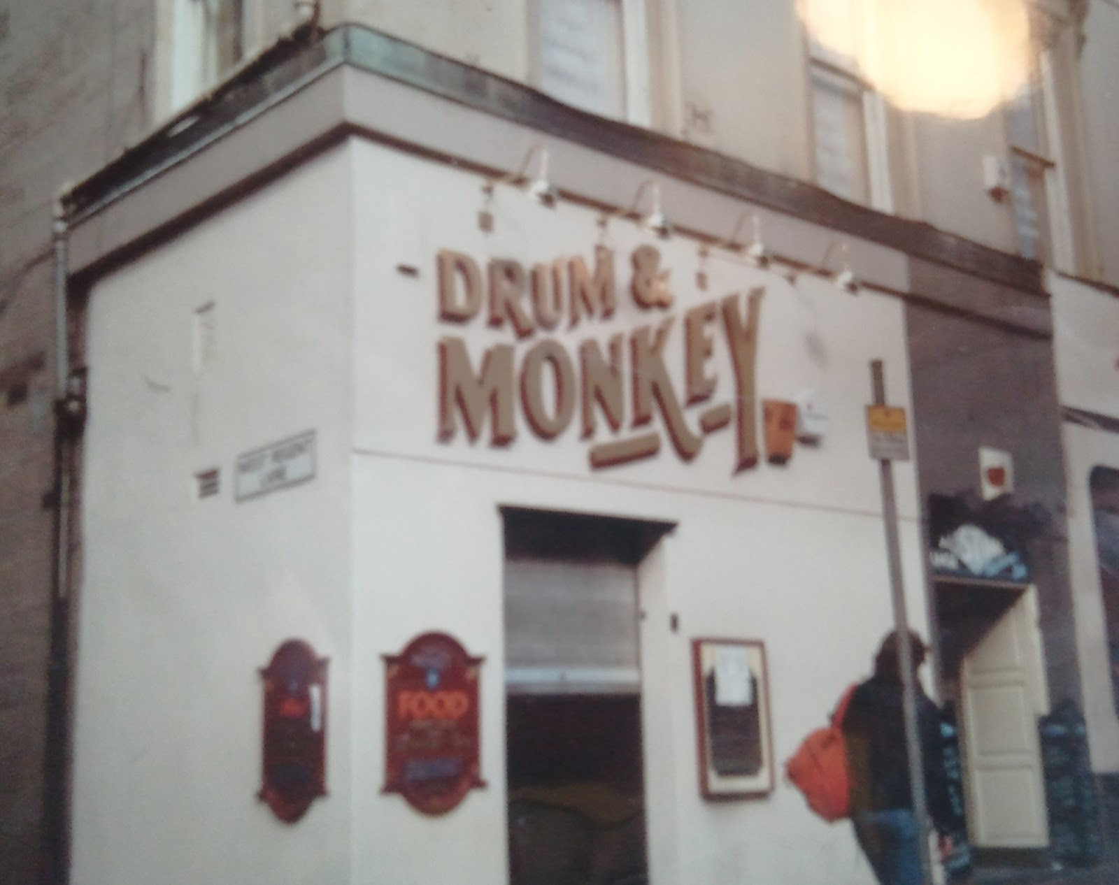 Old Drum and Monkey, Glasgow