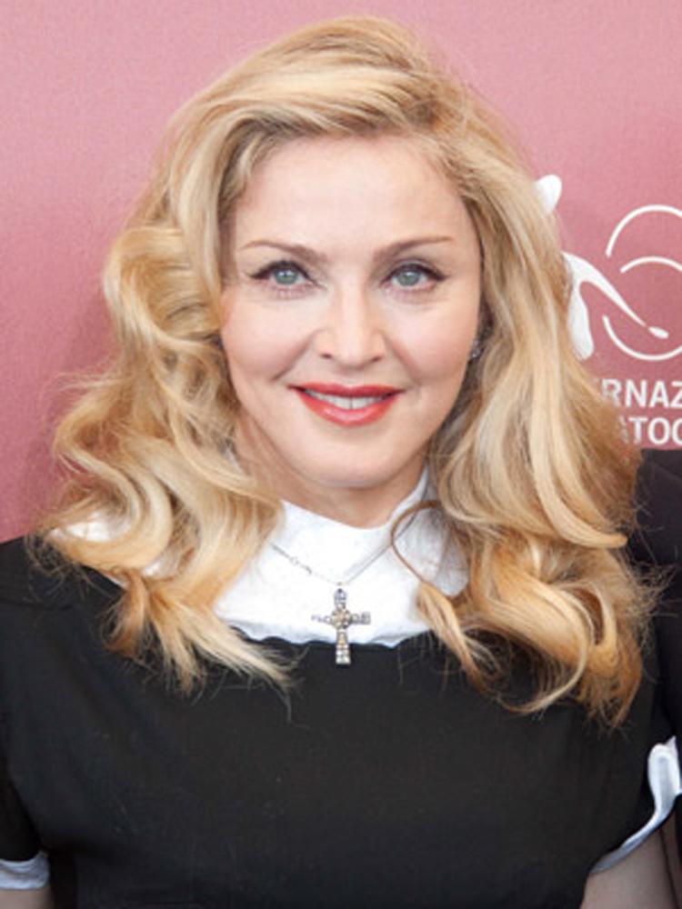 Celebrity Medium Hairstyles Madonna Celebrity