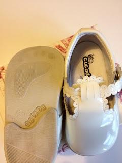 Zapatos Niña Impecables zapatos usados, zapatos segunda mano, zapatos charol niña