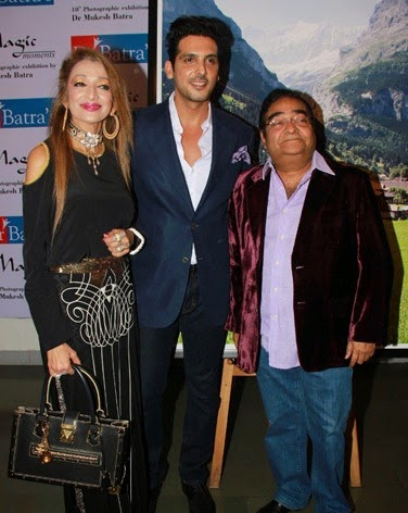 Zayed Khan graces the Piramal Art Gallery for Dr Batra's event