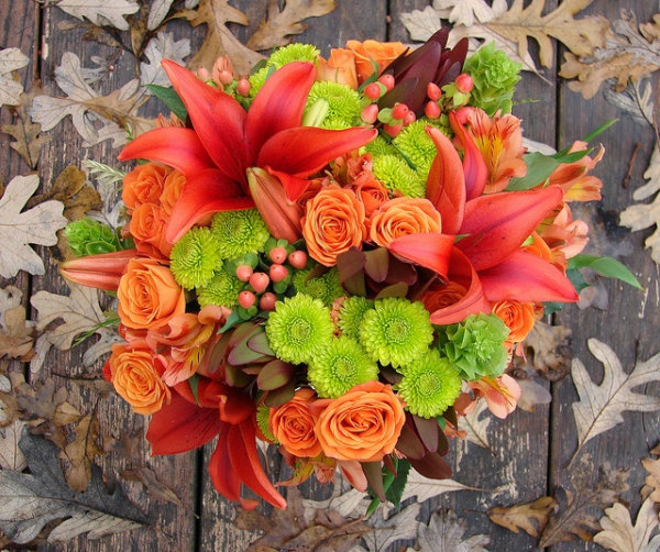 orange and olive fall wedding bouquets for autumn weddings