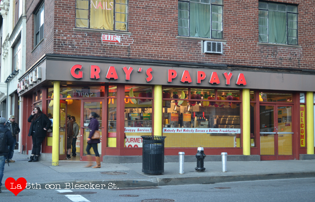 Gray's Papaya, unos hot dogs... ricos ricos ricos