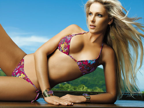 Ana Hickmann Biography and photos