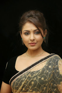 Actress Madhu Shalini Latest Pictures in Saree at Seethavalokanam Press Meet  039