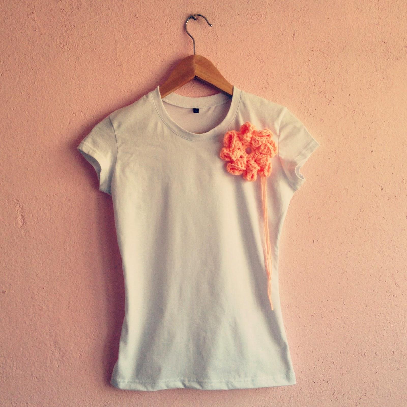 Как украсить футболку своими руками (76 фото варианты) 44