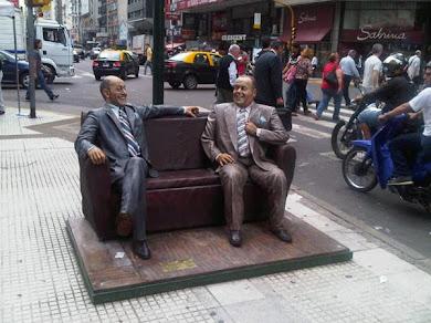 El mejor homenaje en plena Calle Corrientes...