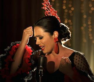 Eva Marciel caracterizada como Pantoja en Mi Gitana