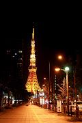 撮影場所を振り返ると、レインボーブリッジ。 三田から東京タワー