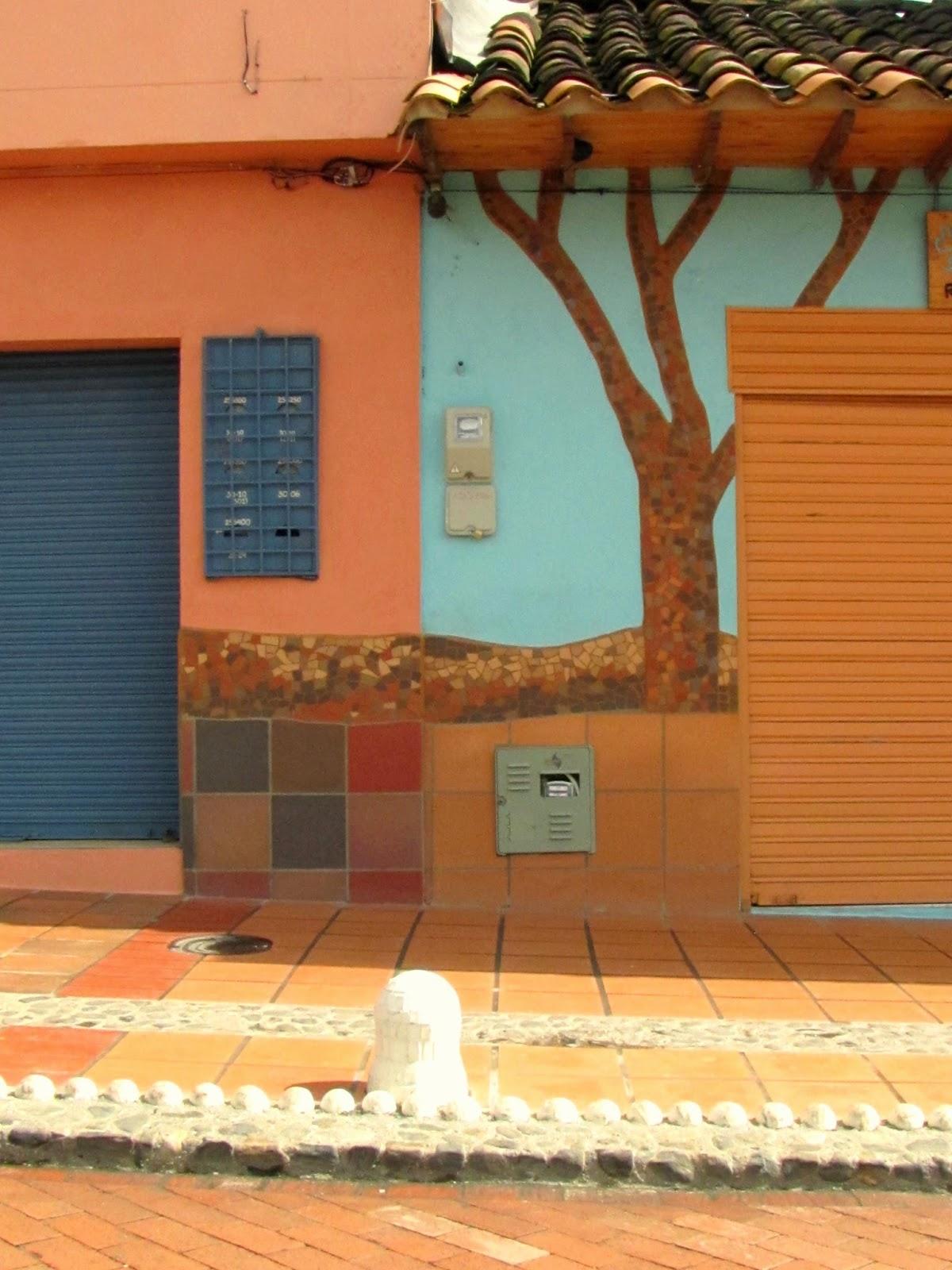 detalle de fachadas con zcalos