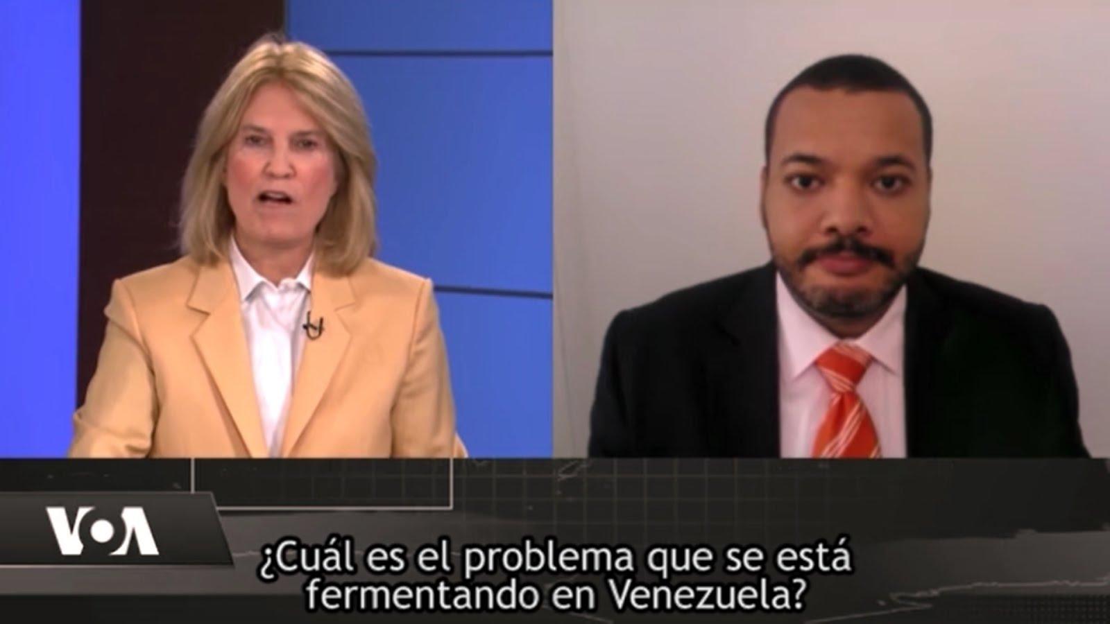 Ver video en YouTube: TV oficial de EEUU en inglés entrevista a Doctor Jesús Silva (click en foto)