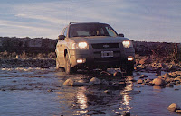 Ford_Escape_2_0_4x4_Agua