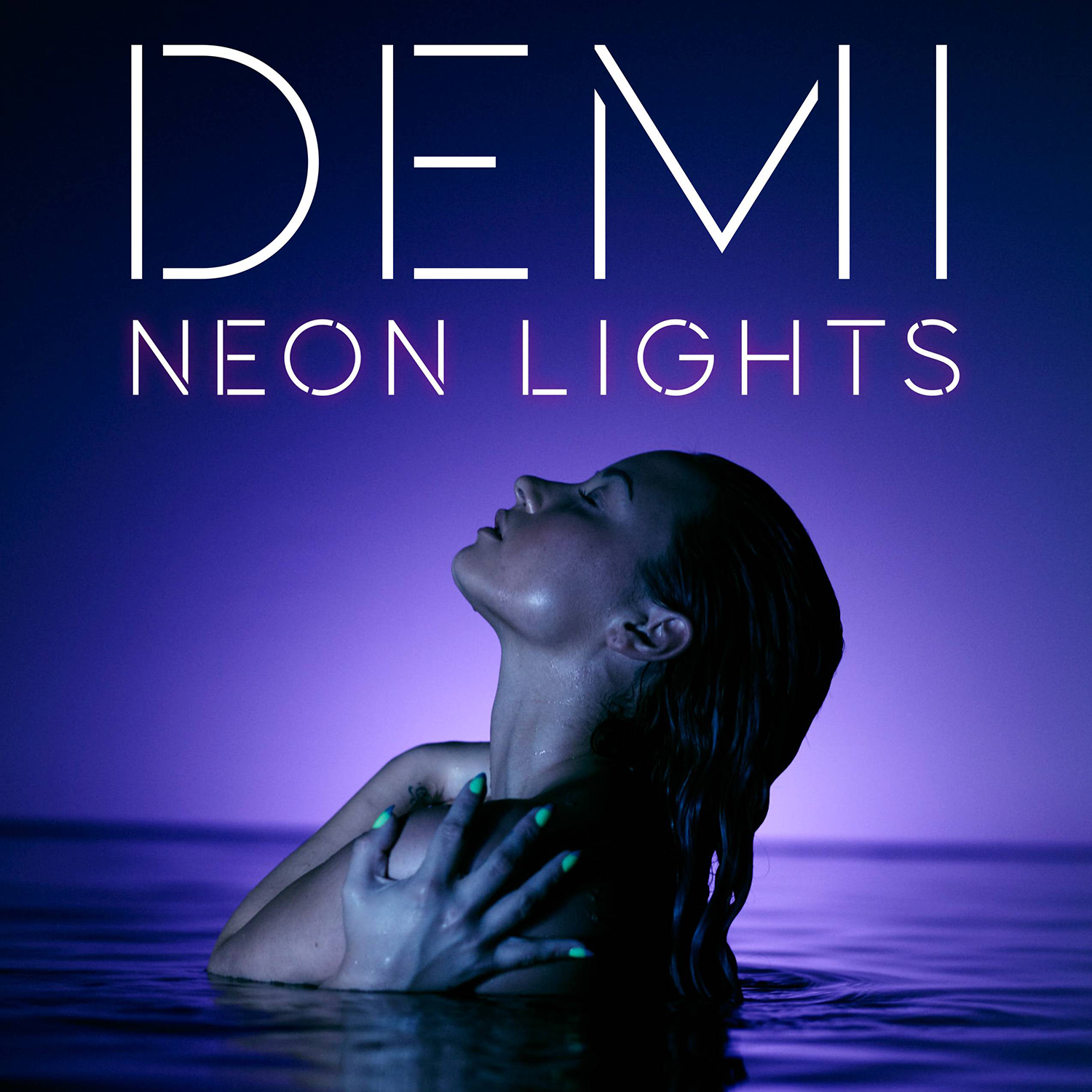 [VIDEO PREMIERE] Neon Lights (Demi Lovato)