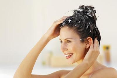 olio di jojoba, maschera per capelli con olio di jojoba, capelli più forti e lucidi
