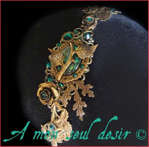 Serre-tête bronze floral végétal vert éméraude abalone haliotis headband flower headdress Jungle Fever