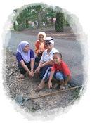 .keluarga saya.