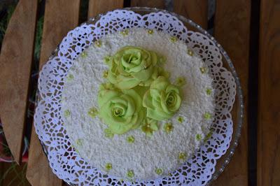 Tårta med kokos och blåbär