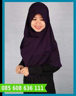 Hijab segi empat untuk sehari-hari