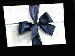 envelope de convite de casamento com fita