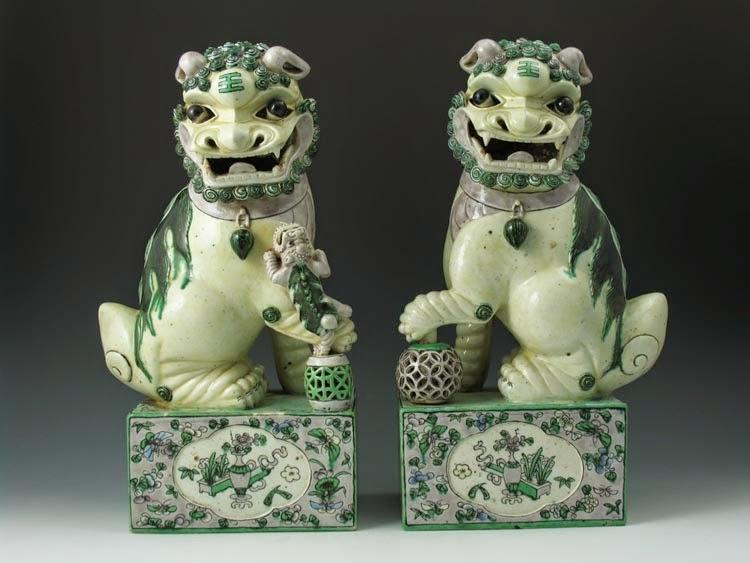 Pair of FAmille Verte Foo Lions on Plinths