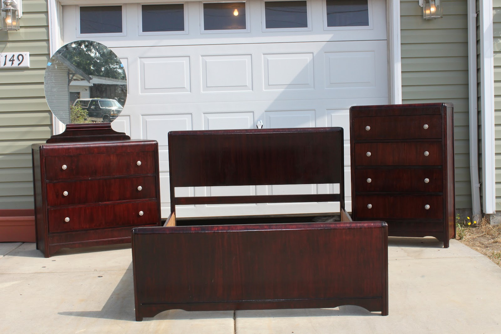 Just Finished This 3 Piece Bedroom Set. Had A Few Too Many Dings To Repair  So I Ended Up Having To Go With The Dark Stain On It, But I Think It Turned  Out ...