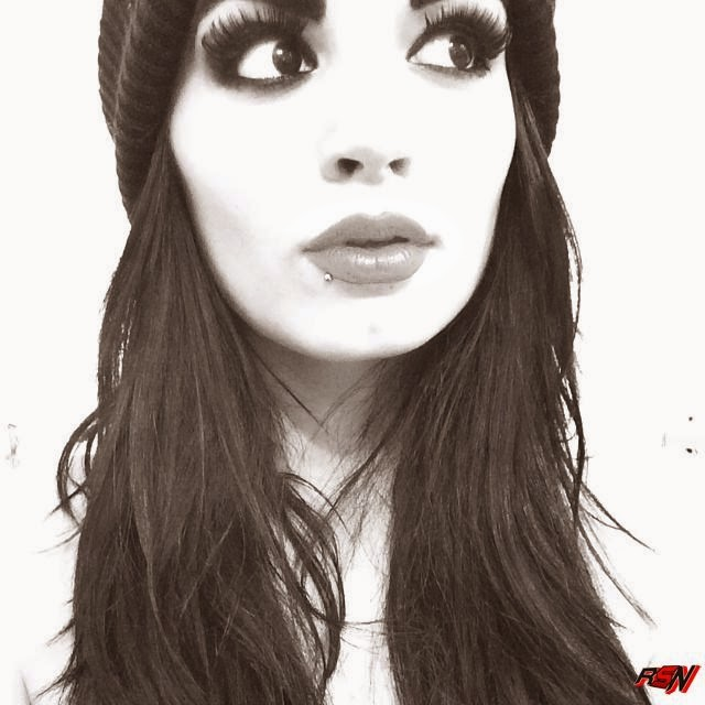 New Black n White Photo of Paige.
