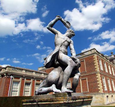 Samson, jawbone, 1000 people dead, Wimpole Estate, gardens, house, historical, Cambridge, visit, national trust