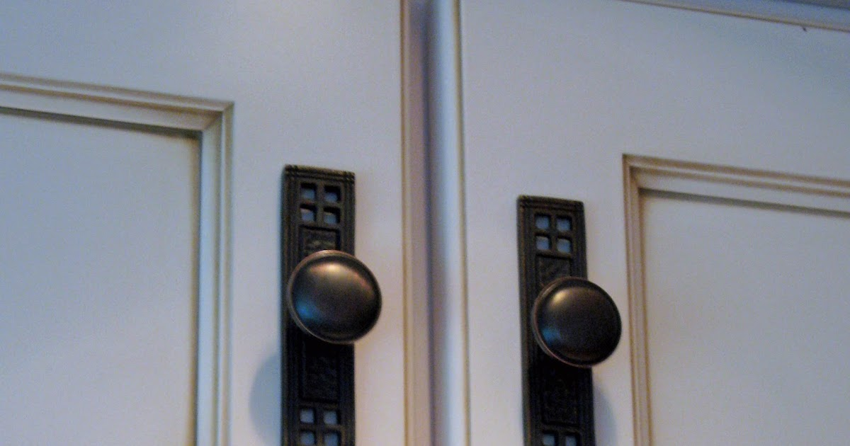Kitchen cabinet pulls with backplates for Backplates for knobs on kitchen cabinets