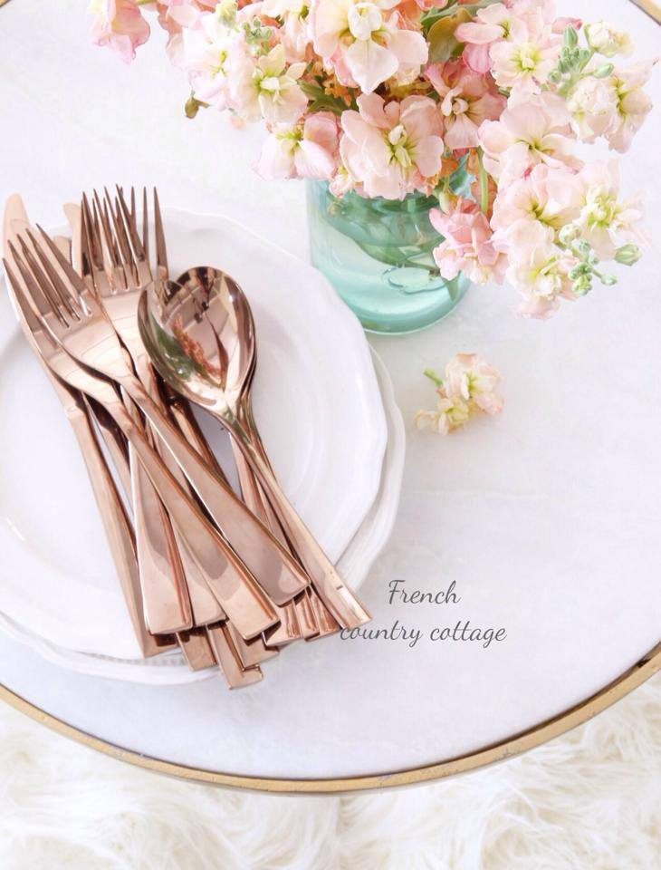 Crushing on rose gold french country cottage - Rosegold dekoration ...