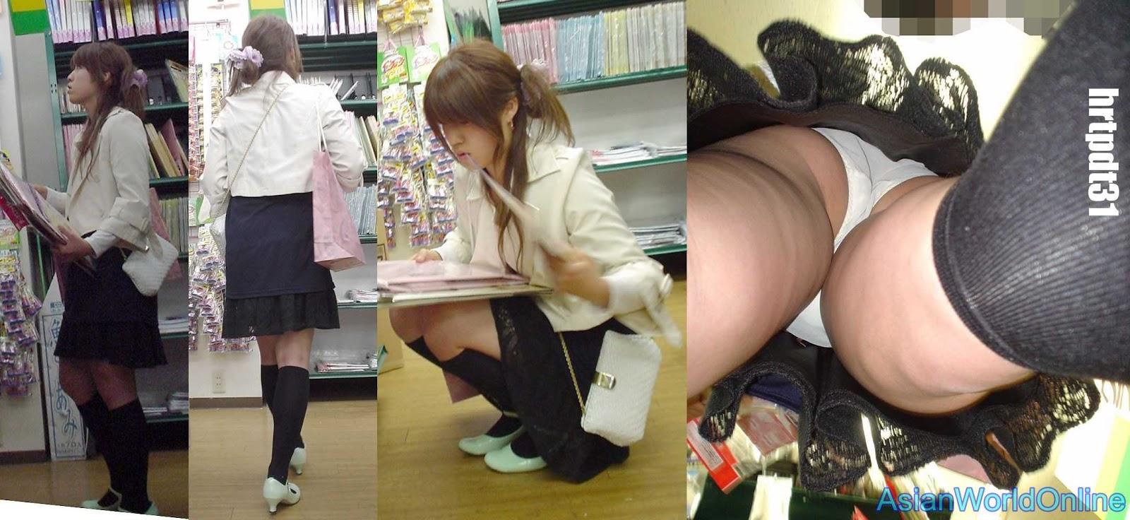 2 japoneses schoolgirls upskirt with nice panties 7