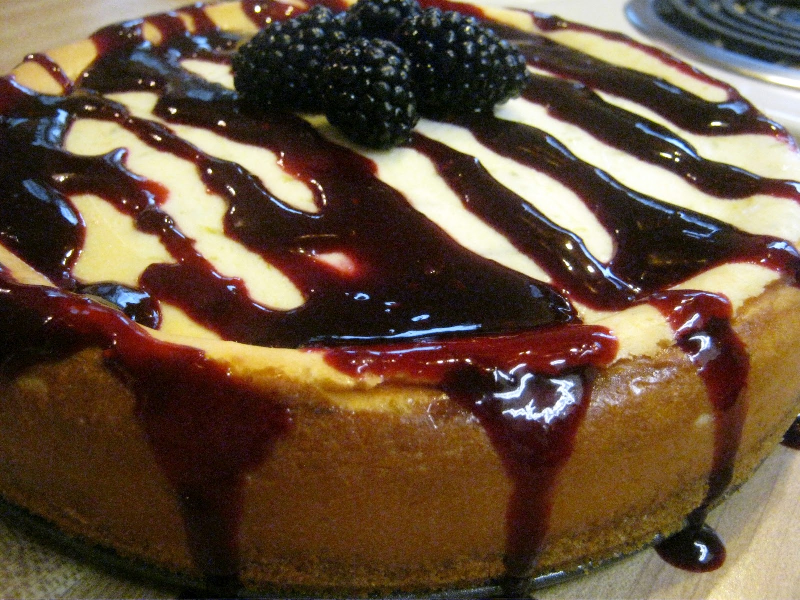 ... ://annies-eats.com/2011/03/09/lime-cheesecake-with-blackberry-sauce