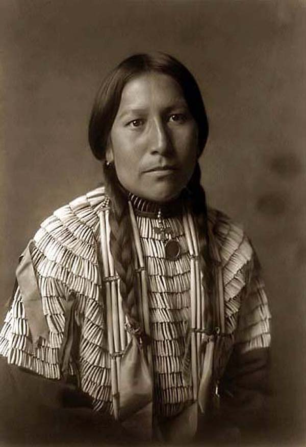 India Six http://native-american-indian.blogspot.com/2011/07/native-american-indian-images-id-006.html