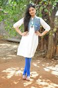 Nikitha Narayan new glam pics-thumbnail-12