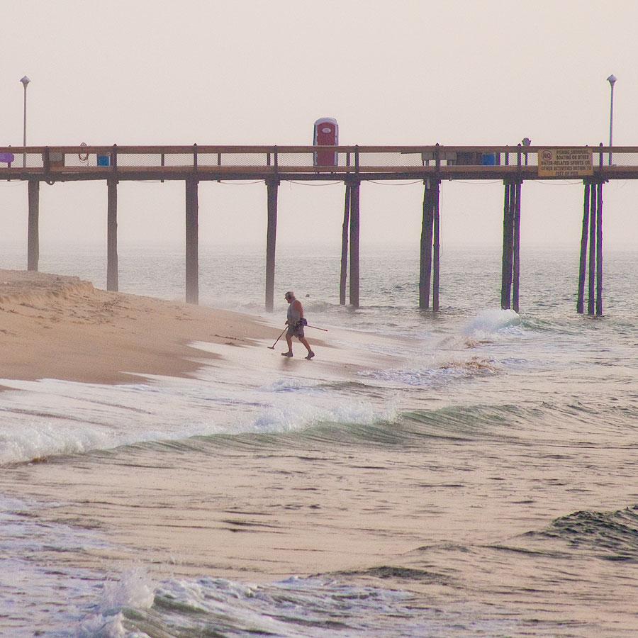 Seldom seen morning treasure hunter for Ocean city md fishing pier