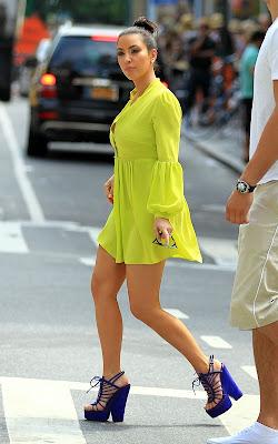 Kim & Kourtney Kardashian