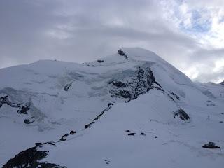 Schließlich zeigt sich sogar der Gipfel