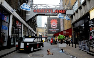 Aden hynes fold 7 london 8bits lane les mondes de ralf street marketing
