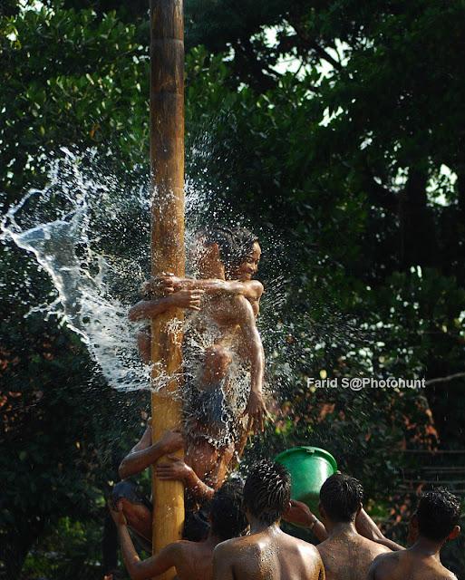 foto HUT RI, Hari Kemerdekaan, human interest, panjat pinang