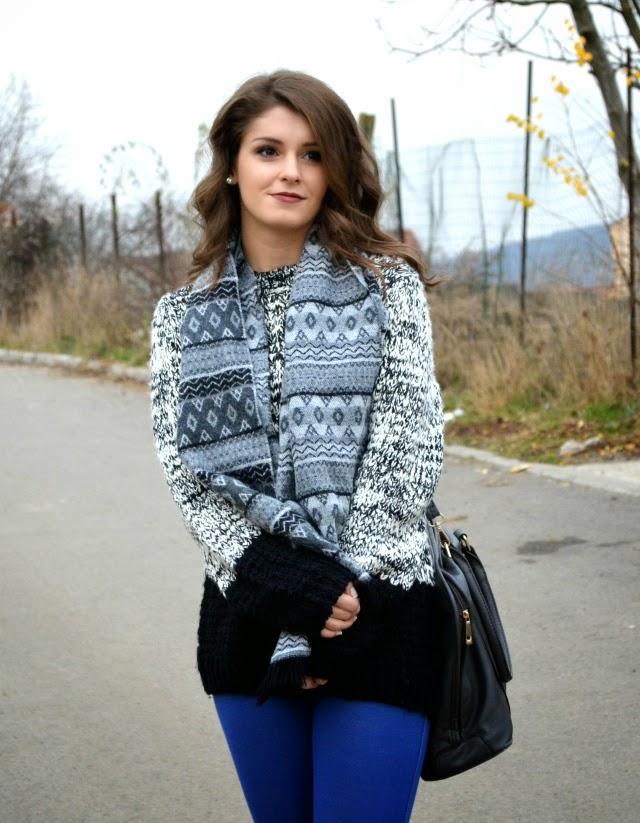 color block monochrome sweater